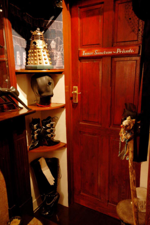 The Inner Sanctum; London Dungeon Hire