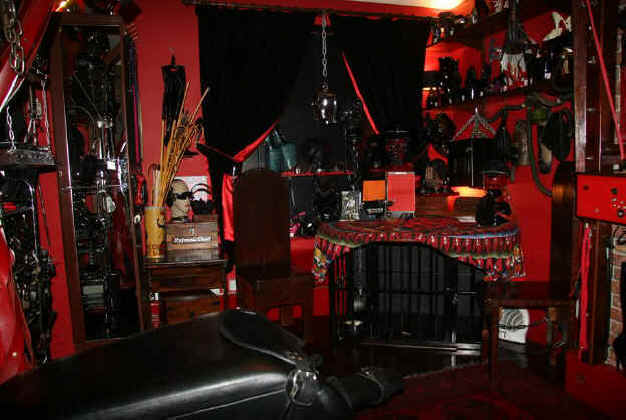 The Reception Room at London Dungeon Hire
